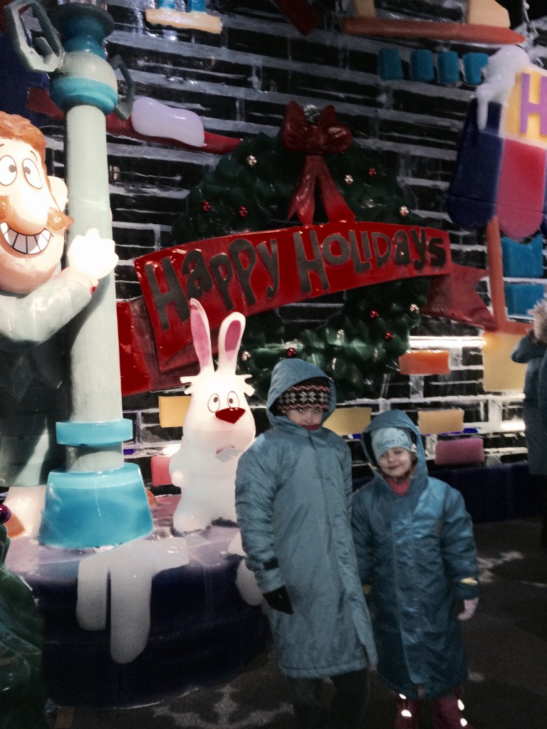 ICE_Frosty_Snowman_Gaylord_National