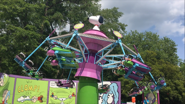 Planet Snoopy Linus Launcher Kings Dominion