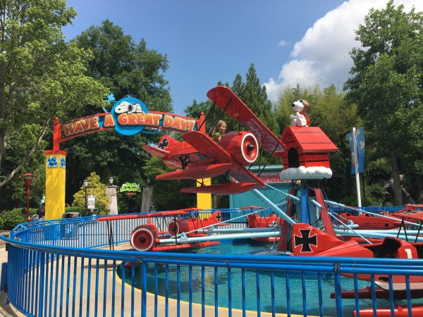 Snoopy vs Red Baron Theme Park Ride for Kids at Kings Dominion VA