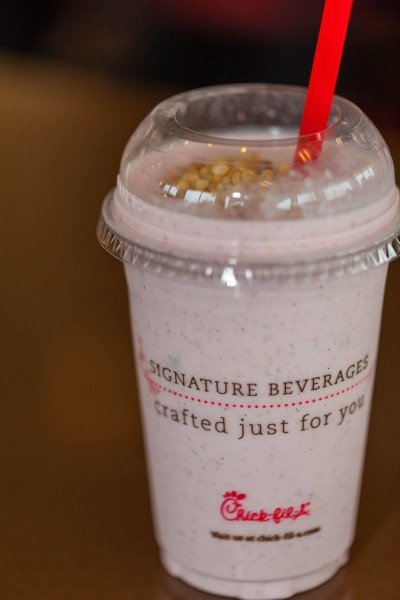 new-chick-fil-a-berry-protein-blend-smoothie