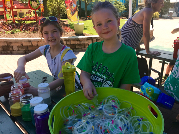 Plenty of family-friendly activities and crafts like sand art at Kings Dominion KidsFest in the Spring